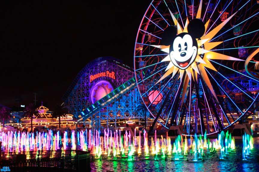 парк развлечений Walt Disney Parks and Resorts
