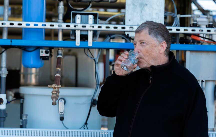 Билл Гейтс – пьет грязную воду