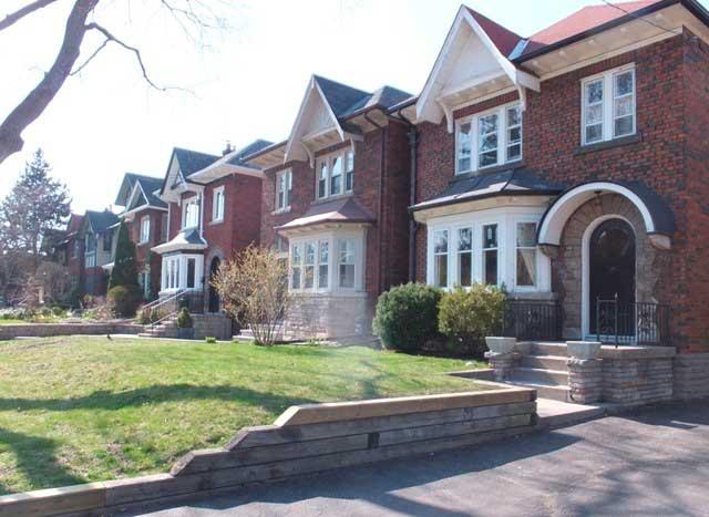 Лоуренс-Парк Норт, Торонто – Средний капитал: $10.44 миллионов