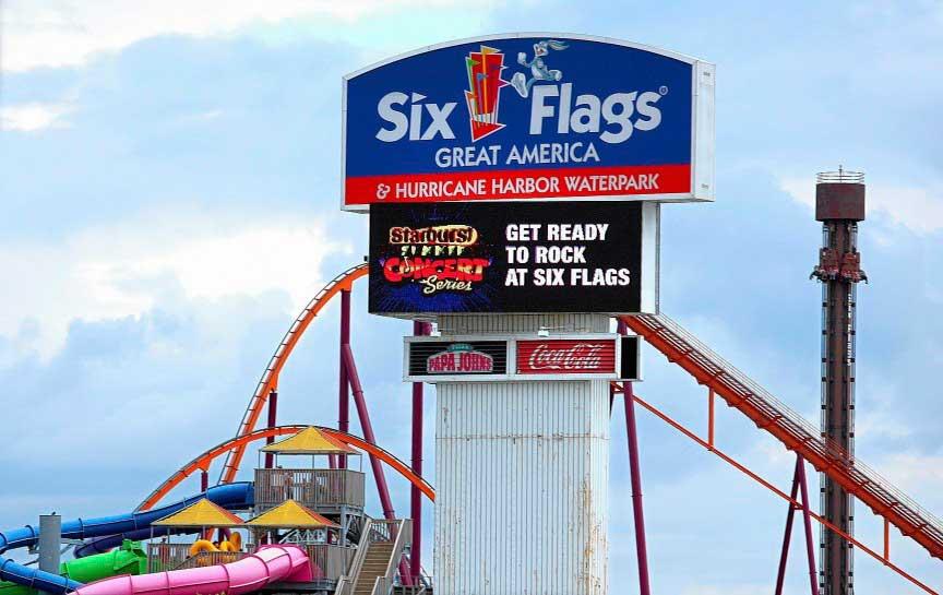 парк развлечений Six Flags Inc