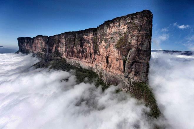 Гора Рорайма – Венесуэла, Бразилия, Гайана