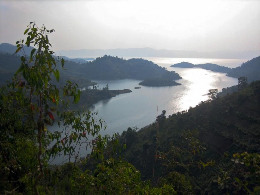 Озеро Манун
