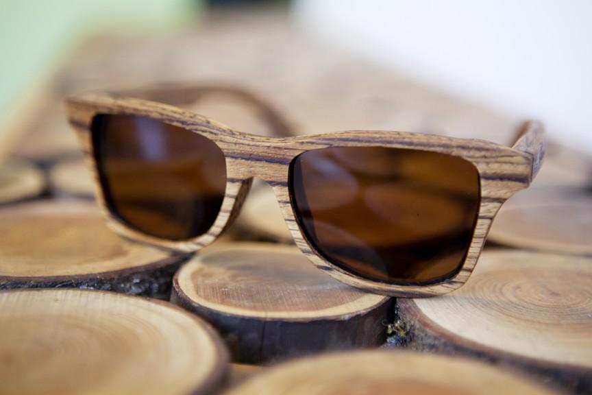 Деревянная оправа