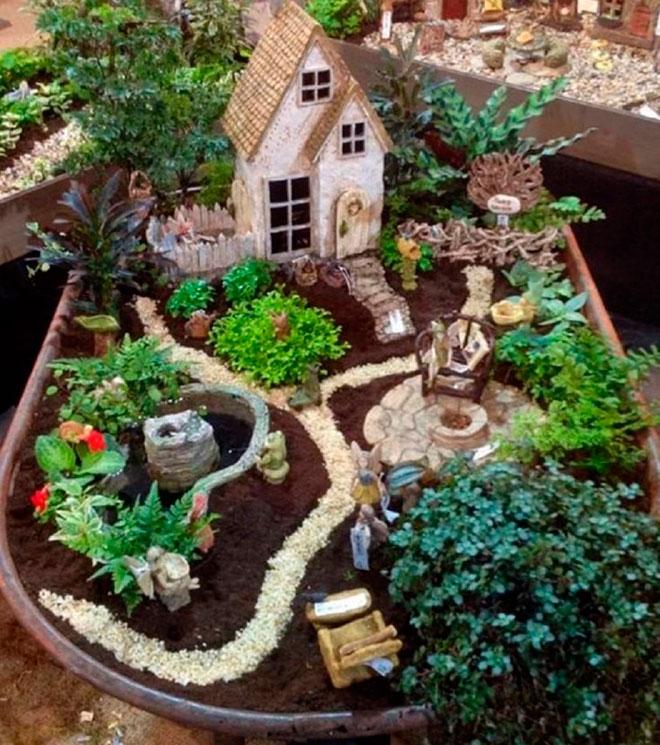 Волшебный сад в тачке