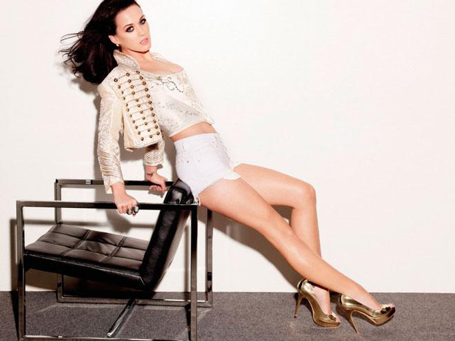 Katy Perry – она поцеловала девочку и ей это понравилось