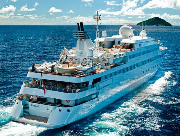 Яхта Lauren L