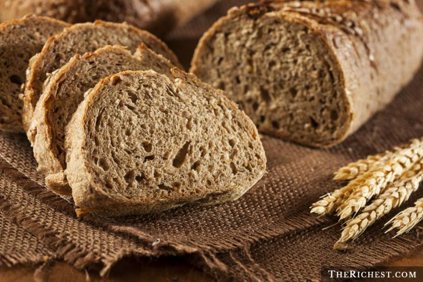 Целый белый хлеб