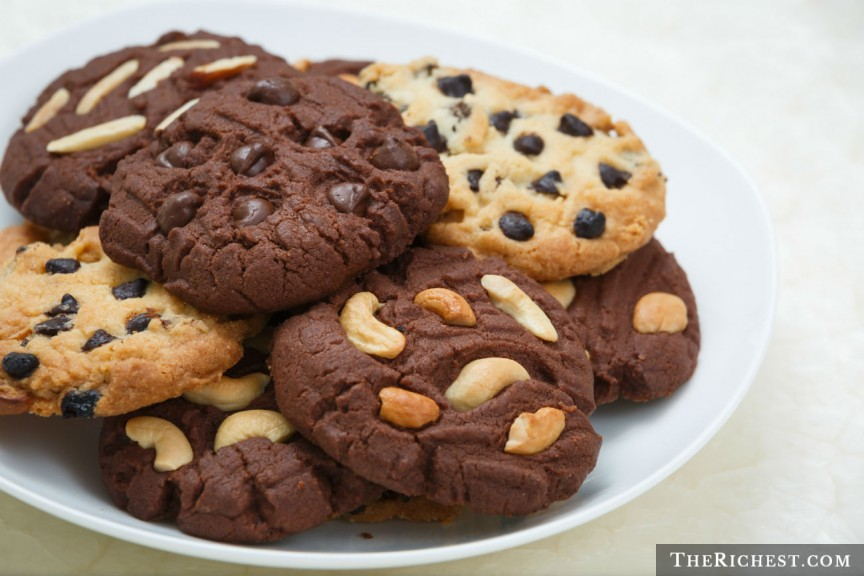Печенье без сахара и леденцы